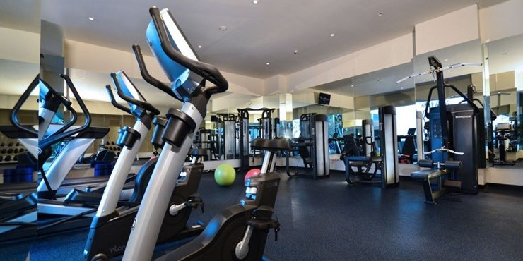 The alana hotel convention center solo photos and gallery for Solo fitness gym