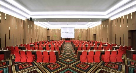 High ceiling ballroom to host business meeting, workshop, training or wedding, birthday party or any reception in in modern stylish classy hotel in kupang