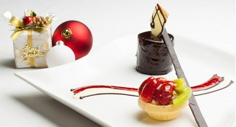 Variety of desserts combination can be enjoyed while looking at mountain view