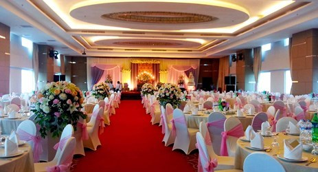 This is the place in makassar to make your dream wedding come true! Our professional team ready to help you create and actualize your one special moment in a lifetime