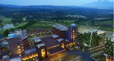 A modern hotel building which is perfect as sanctuary to enjoy exclusive mountain view in Sentul area