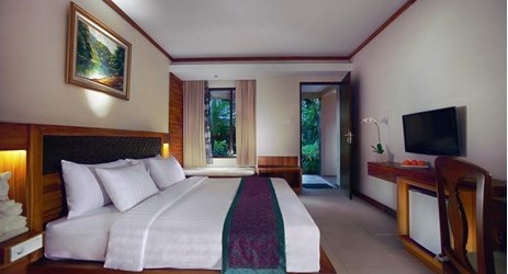 A spacious modern room with international amenities in a beautiful resort to stay when visit gili trawangan island lombok for holiday