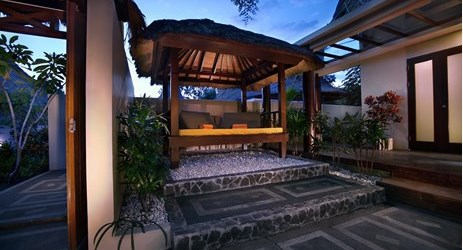 A huge luxurious room with private pool, gazebo and living area by the pool of a beautiful resort to stay when visit gili trawangan island lombok for holiday