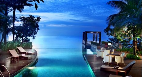 Infinity swimming pool with magnificent view is one of the best pool in Balikpapan