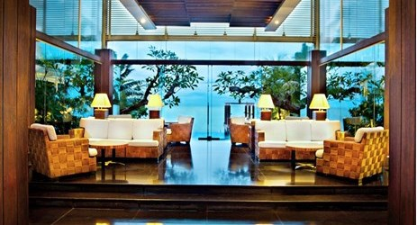 Feel the relaxing ambience upon your arrival, sea and sky will spoil your eyes after a long journey in Balikpapan.