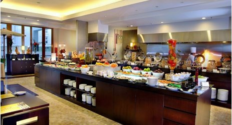 We want to be your favourite restaurant for breakfast, lunch and dinner -Batutulis Buffet & Open Kitchen.