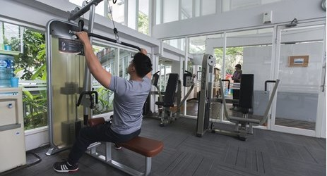 Aston Bogor gives you a lot of sport facilities. Work out at our gym located near the swimming pool area.