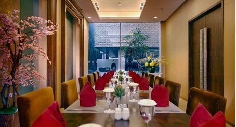 Saffron Restaurant the stunning dining rooms featuring a delightful fresh cuisines from the open kitchen cooked by our master chefs. Open for Breakfast, Lunch and Dinner