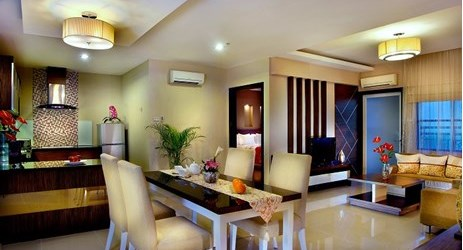 Spacious and comfortable serviced apartment. Separate bedroom and lounge area. Rooms with a balcony are also available.