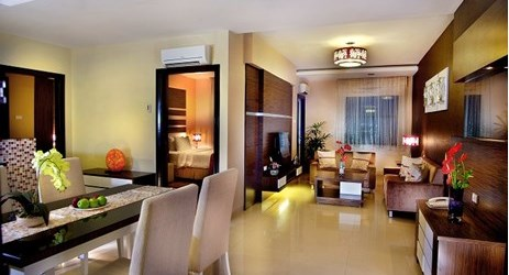 Enabling a party of up to 3 people to stay with 2 bedrooms inside. Prebook and get a room with a balcony!