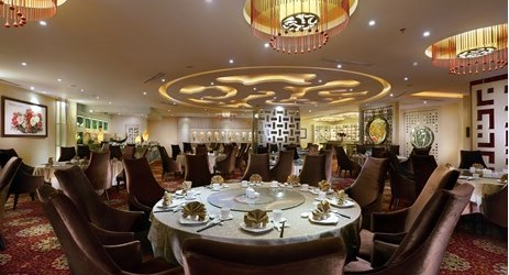 Contemporary Chinese Restaurant featuring the harmonious blend of the finest Szechuanese, Shanghainese and Cantonese cuisines.