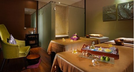 This medium to firm pressure massage is a powerful and effective fusion of both eastern and western massage style. Enjoy a relaxing time at our spa facilities.