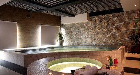 pamper your self at our cityhall spa, get relax in the spa pools or being pampered in one of our vip rooms.