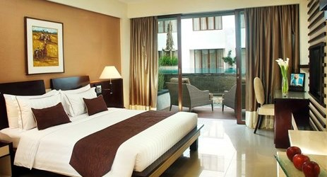 Luxury room with pool direct access in kuta bali