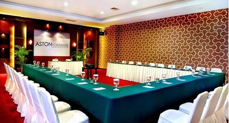 Shown here a U-shape meeting setup at Bengkirai room that will hold up to 25 people