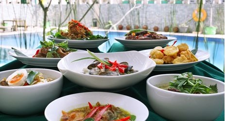 We are proud of our Nusantara foods, with it's vast selection of menu