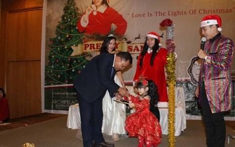 Aston Manado Hotel Pretty Santa