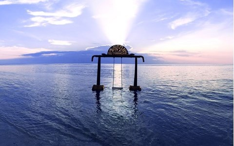 Relaxing Getaway at Aston Sunset Beach Resort Gili Trawangan