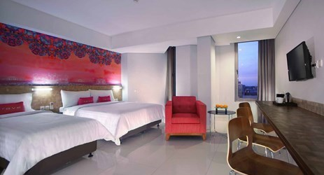 A elegant and modern concept room of Budget hotel to stay while in Makassar