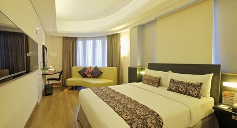 Our biggest room with size 26sqm and good amenities, mini bar and minimalist design sofa.