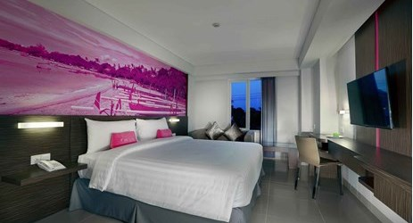 clean and comfortable family triple room of a budget hotel which suit for adult and kids for your memorable holiday during stay in Seminyak Bali