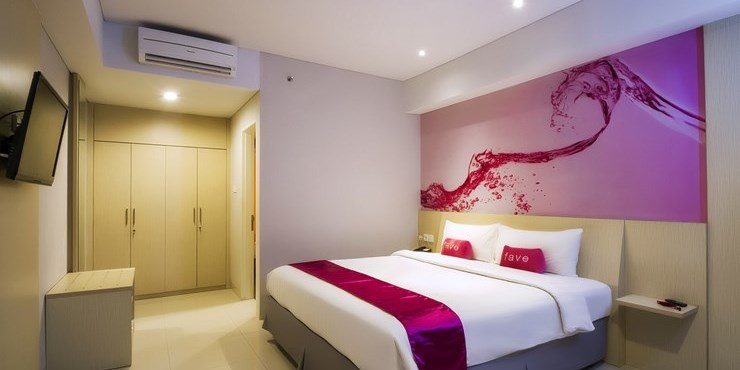 Favehotel m t haryono overview price and reviews for Bathrooms r us reviews