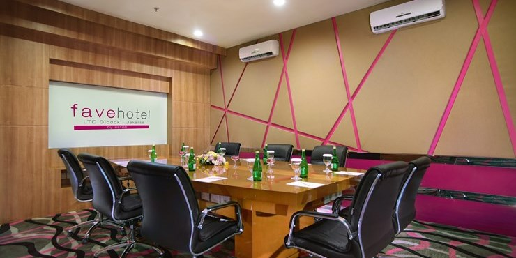 Favehotel ltc glodok photos videos 360 tour for Small room echo