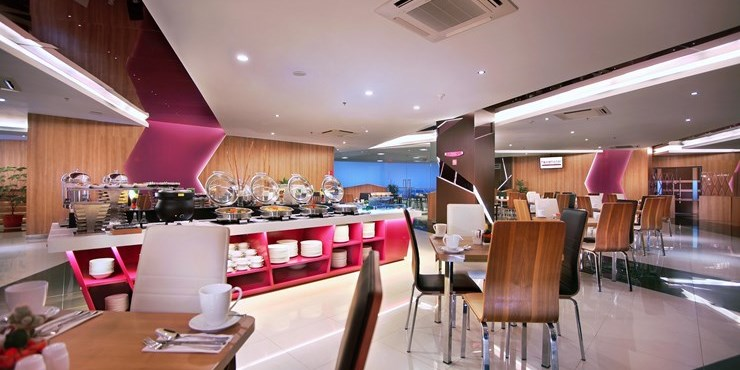 Favehotel ltc glodok select service hotel in jakarta for W kitchen cafe gandaria city