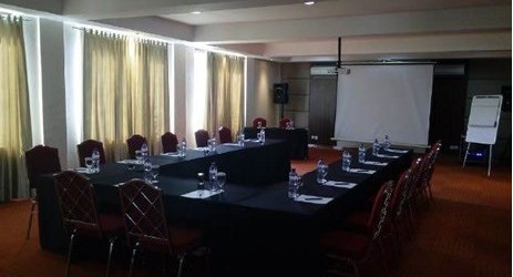 Cempaka meeting room that can accommodate an event to 35 persons