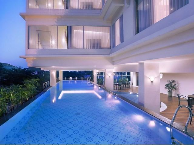 Quest Hotel Surabaya Facilities Services